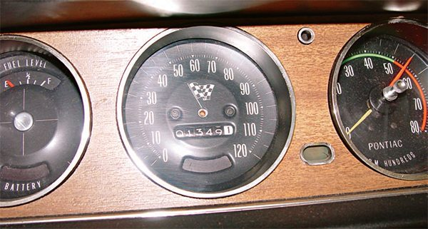 Inspection of the dash and gauge clus¬ter shows the effects of 40-plus years of use and the elements. When disas¬sembling the dash, keep in mind that the more careful you are, the better the likelihood of being able to use most of the original pieces. The major compo¬nents of this dash cluster look like they can be re-used after some cleaning. (Photo Courtesy Scott Tiemann)