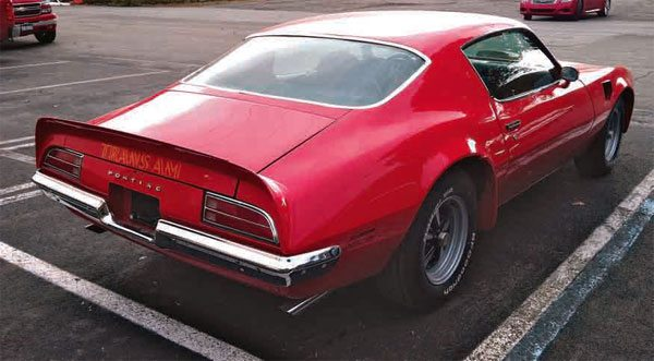 One of the most notable and distinctive parts of the Trans Am styling package is the rear spoiler, as shown on this 1973 Trans Am. The rear spoiler is made of three pieces and constructed of fiberglass. To protect the rear bodywork and prevent rust from forming, the rear spoiler needs to be properly sealed to prevent moisture from seeping into the bodywork.