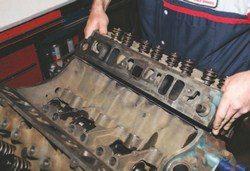 SA200_FULLBOOK_RebuildPontiacV8s_Page_107_Image_0001