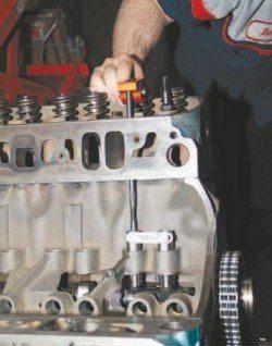 SA200_FULLBOOK_RebuildPontiacV8s_Page_109_Image_0003